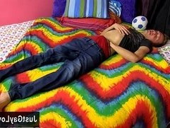 Free bear gay naked sex videos Kenny Monroe hops onto the bed and