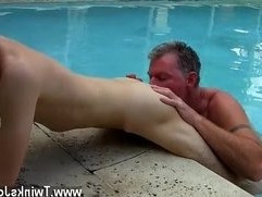 Hot gay Brett Anderson is one fortunate daddy, hes met up with wild